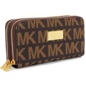 Michael Kors Continental Logo Large Brown Wallets